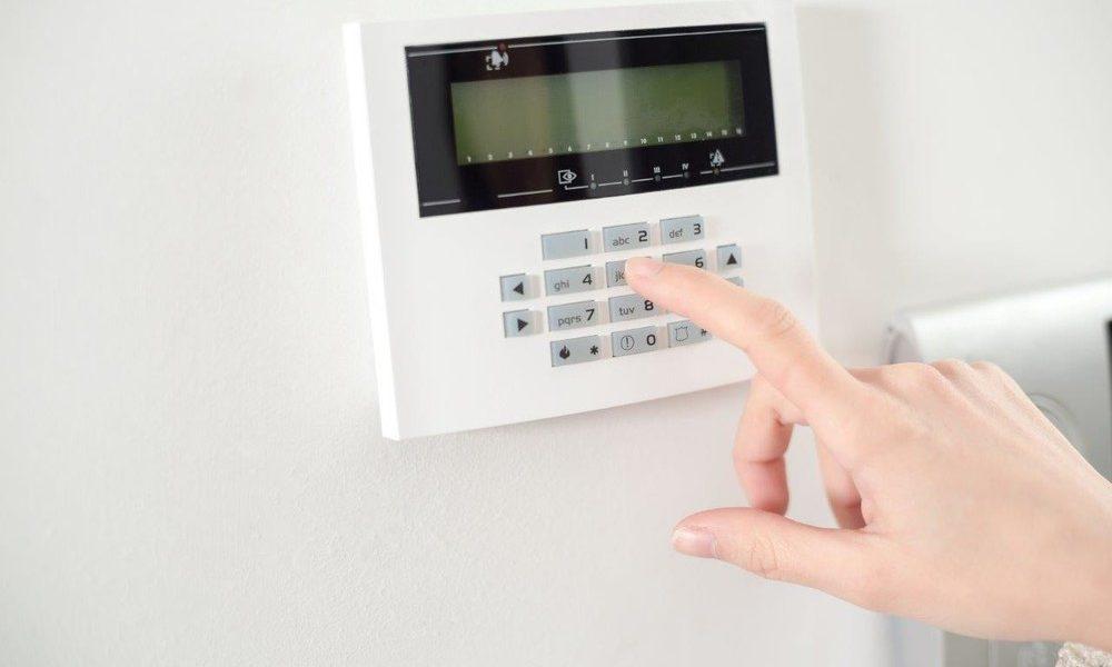 Pourquoi équiper son commerce ou sa maison d'un système d'alarme professionnel ?