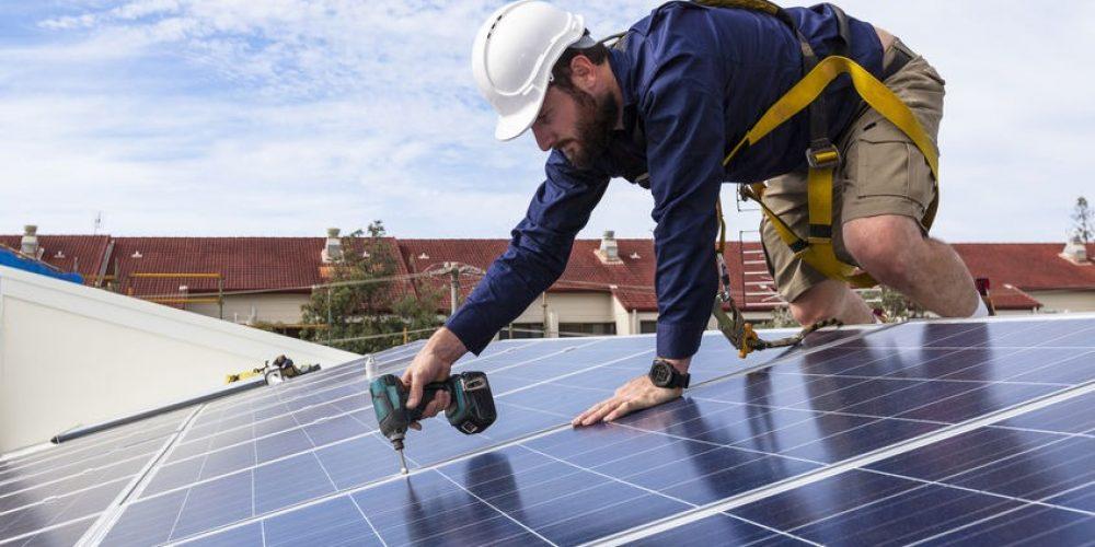 Pourquoi installer des panneaux solaires sur son toit?