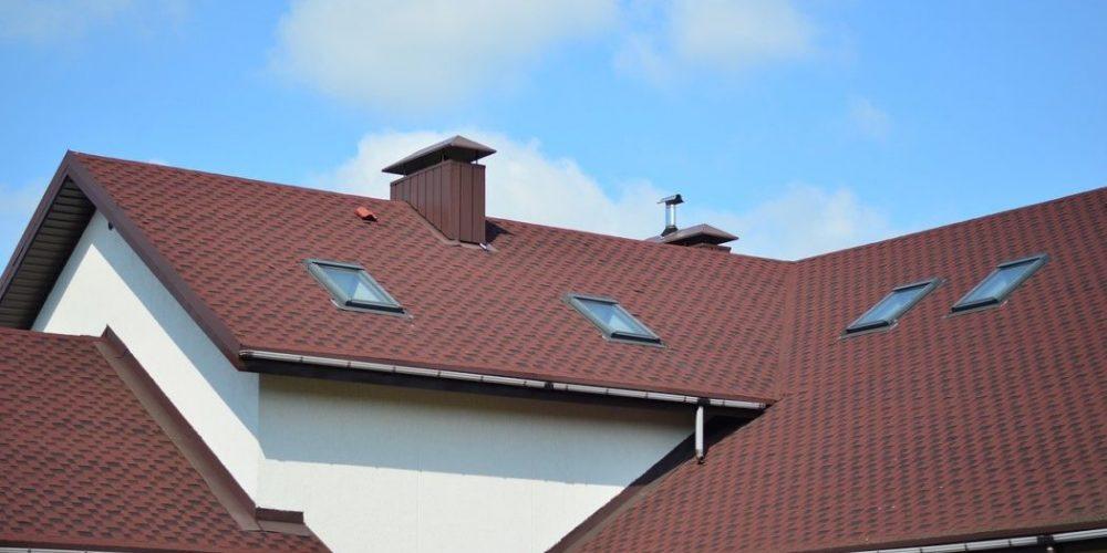 Réparation de la fuite d'une toiture : quelques conseils pratiques